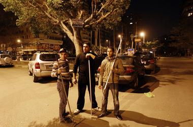 egypt_riots_looting.jpg
