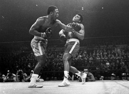 frazier-punch-ali-1972.jpg