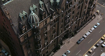 rosemarys_baby_Dakota_building.jpg