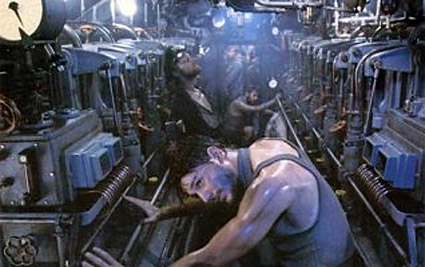 das_boot_engine_room.jpg