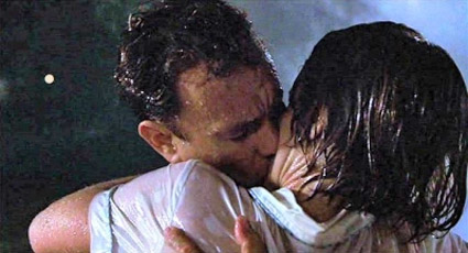 Cast_Away_helen_rain_kiss.jpg