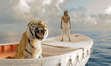 Life-of-pi_2012_boat_tiger.jpg
