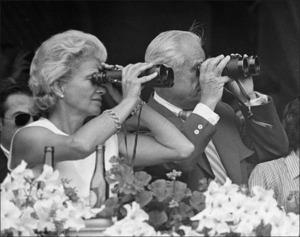 binocularsBWB.jpg