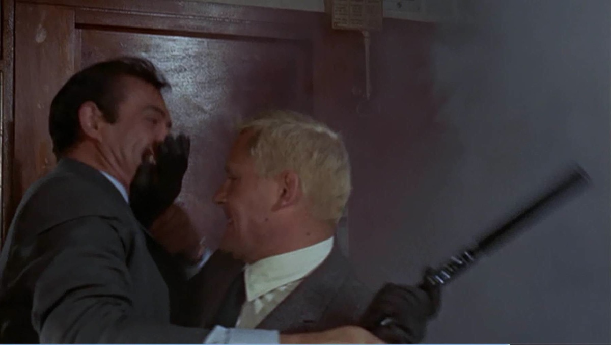 Connery and Shaw fight