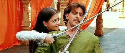 jodhaa akbar_jodhaa_swordfight.jpg