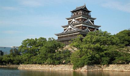 ichimei_hiroshima_castle.jpg