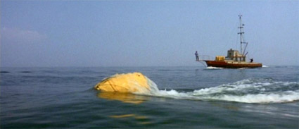 jaws_1975_yellow-buoy.jpg