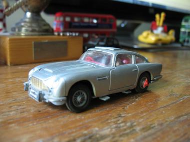 Corgi Aston Martin.JPG