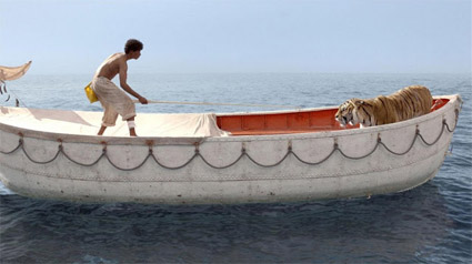 Life_of_Pi_boy_tiger_boat1.jpg