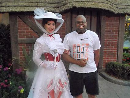 Trapped-in-Disney-World_Odie_Poppins.jpg