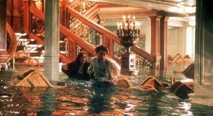 titanic_help_me_staricase.jpg