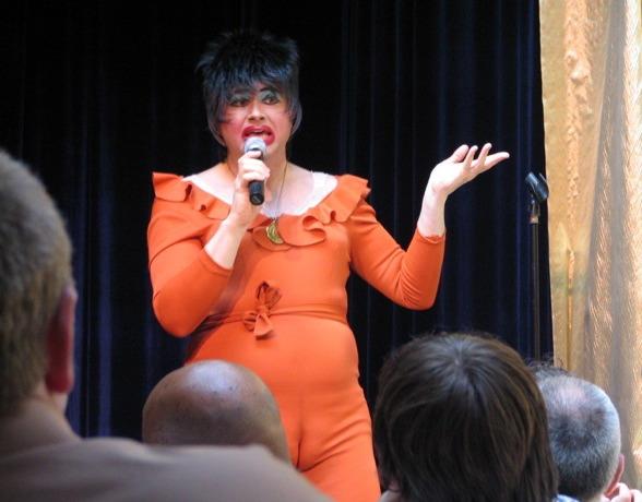 Dina Martina S Oscar Entertaining Party Hints Scanners