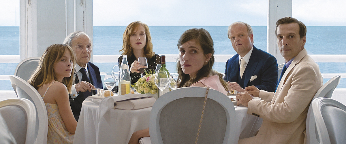 Happy End movie review & film summary (2017) | Roger Ebert