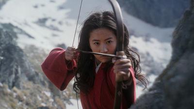 Mulan movie review & film summary (2020)