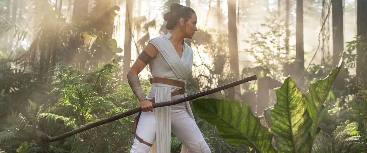 Star Wars The Rise Of Skywalker Movie Review 2019 Roger Ebert